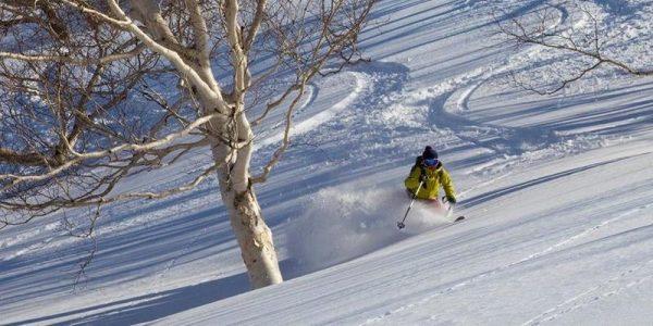Chika Hayashi skiing in Japan
