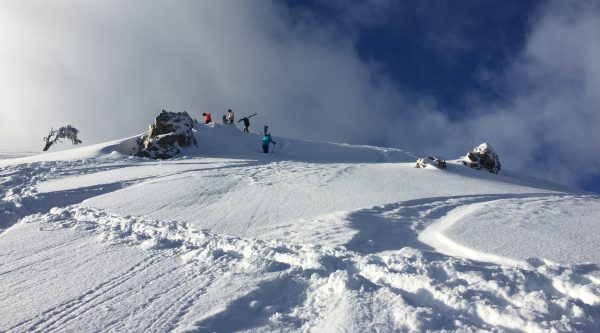 backcountry skiing near alpine meadow, california