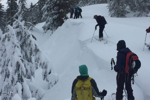 windloading cornices and breaking cornices during advanced avalanche course