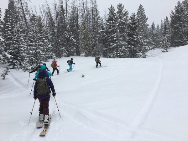 backcountry babes beginner splitboard tour and avalanche class in colorado