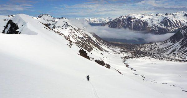human powered bakcountry skiing iceland 4